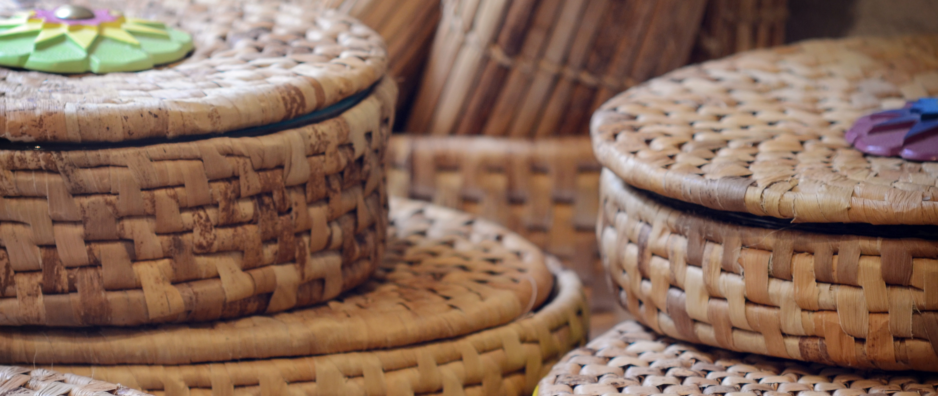 Basket Weaving From Banana Leaves The Encyclopedia Of Crafts In