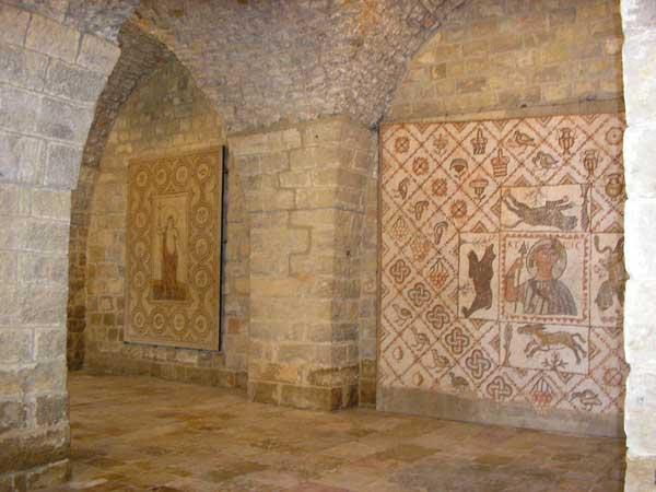 Mosaïque au palais de Beittedine dans le Chouf