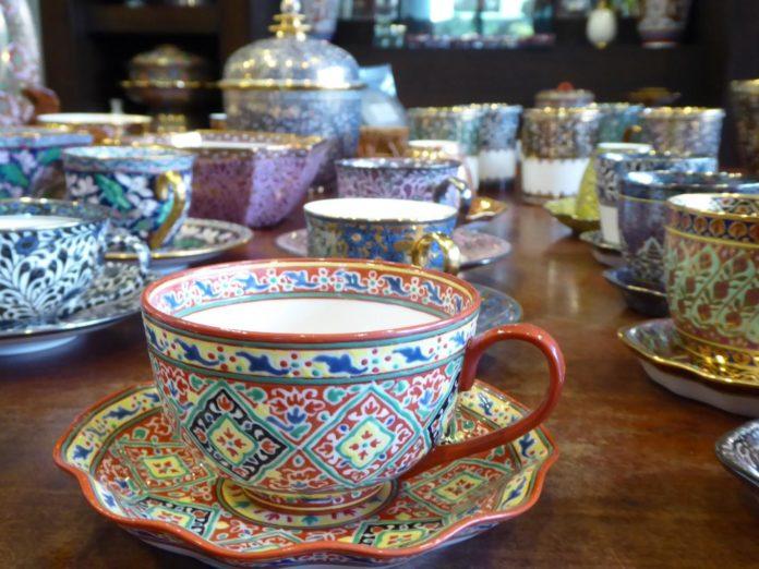 Bencharong ceramics