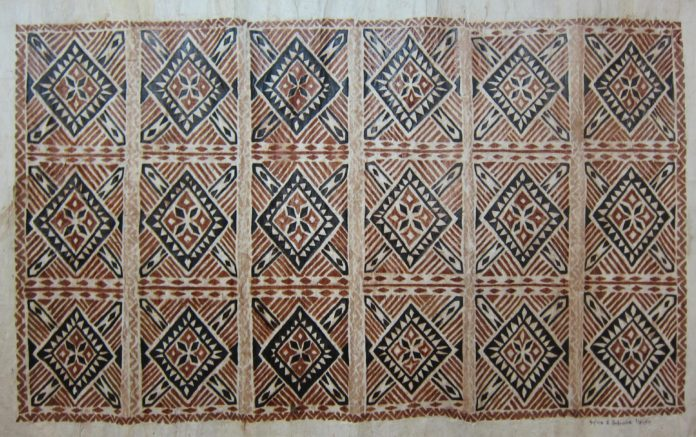 Samoan Elei Siapo made with an elei pattern board. Siapo by Sylvia and Sina Hanipale. Photograph by Vanya Taule'alo