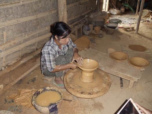 Ceramics | The Encyclopedia of Crafts in WCC-Asia Pacific Region (EC